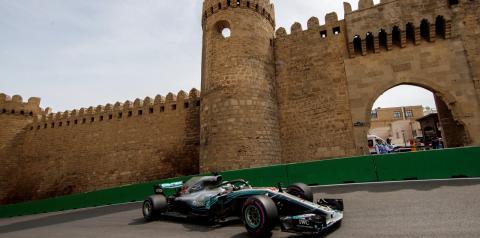 Após dificuldades os últimos anos, Lewis Hamilton tenta melhorar próprio desempenho em Baku