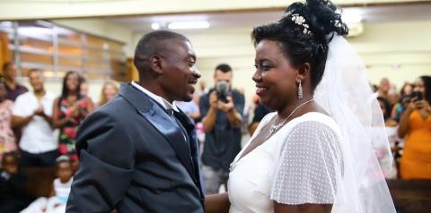 'Bem do Rio': ex-moradores de rua realizam sonho de casar na igreja