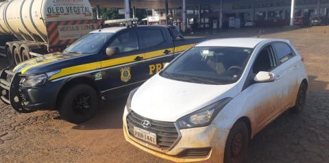 Bebê transportado de forma irregular faz PRF recuperar carro roubado em Rio Verde-GO