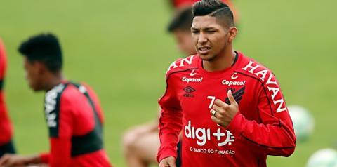 Athletico acerta com Rony para fechar venda ao Palmeiras; só falta assinar