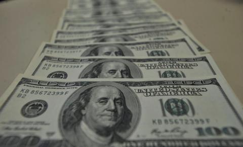 Contas externas têm déficit de US$ 494 milhões em março