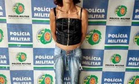 Mulher é presa após  furtar pertences de idoso e invadir casa, roubar, e agredir outro idoso à pauladas no mesmo setor em Mineiros-GO