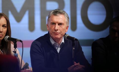 Após derrota de Macri em primárias, Bolsonaro diz que não quer 'irmãos argentinos fugindo para cá'
