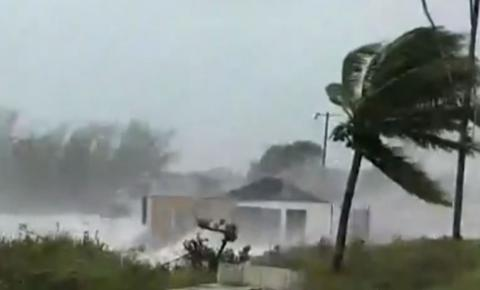 Furacão Dorian é reclassificado como de categoria 4; primeiro-ministro das Bahamas diz que devastação é 'sem precedentes'