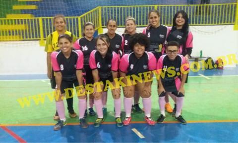 Jovens do futsal feminino de Chapadão do Céu-GO  venceram em Chapadão do Sul-MS