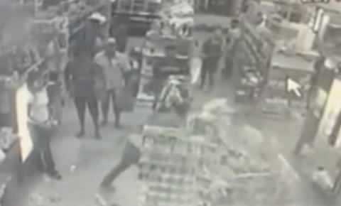 Homem tem 'ataque de fúria' e destrói distribuidora de bebidas em Jaraguá