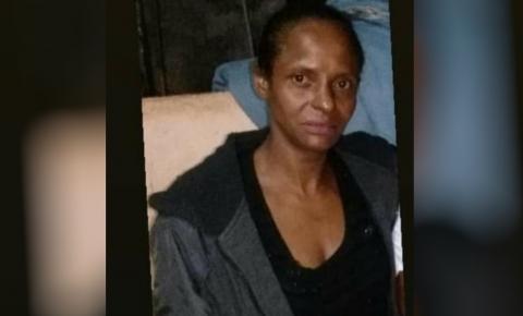 Suspeito que teve nome escrito em sangue fica calado ao ser questionado sobre morte de grávida, em Anápolis