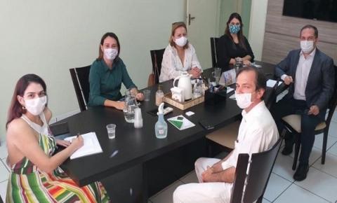 Reunião discute políticas de combate ao coronavírus