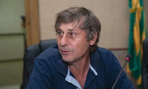 Mauri Wierrbicki solicita instalação de quebra-molas na Avenida K no Cidade Jardim
