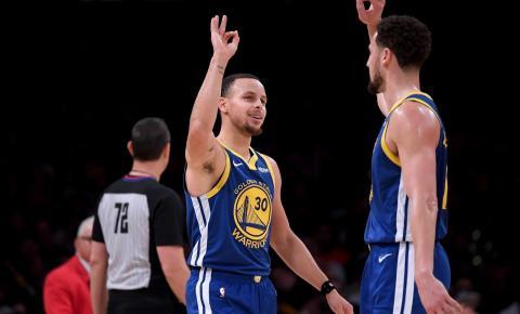 Domingo de NBA tem baile dos Warriors, calouro herói e ânimos exaltados de Jokic e Popovich