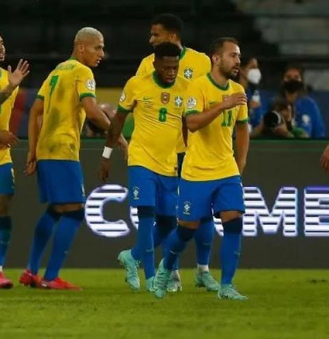 O Brasil venceu o Peru por 4 a 0 na noite de quinta-feira