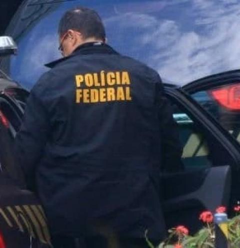 PF DEFLAGRA OPERAÇÃO QUE INVESTIGA CORRUPÇÃO NA PETROBRÁS